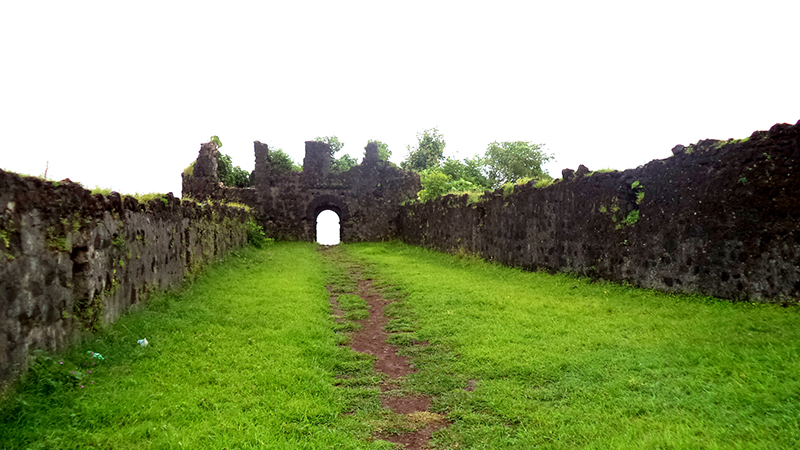 Places to visit in Alibaug Korlai Fort